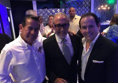 Eccehomo Guzman-Emilio Estefan y Jorge Linares.Celebrando la Fiesta Internacional de Panama.