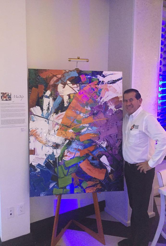 El Museo Empresarial y Cultural Colombia,apoyando la Cultura de la República de Panama en Estefan Kitchen.