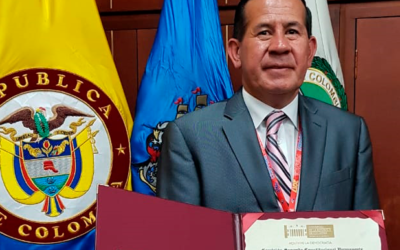 Orden Mérito a la Democracia en el grado de Comendador – Eccehomo Guzmán