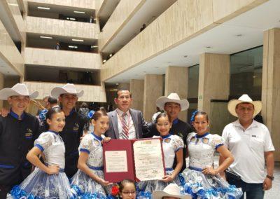 En compañía de los talentos de la Fundación Musical Arpegios de Acasias Meta.