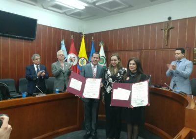 EcceHomo Guzmán. Honorables Senadora Ana Paola Agudelo y Pilar Vélez.Presidente de Milibrohispano