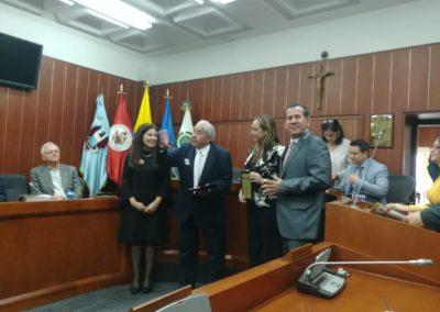 """Ing.Roberto Campos Silva,quien recibió la medalla """" Pionero Ejemplar"""" Grado gran Colombiano."""