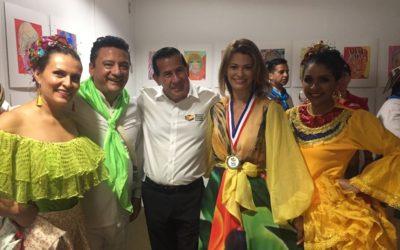Reconocimiento de 10 años al trabajo del grupo Puerta de Oro de Colombia en el Museo Histórico de Miami