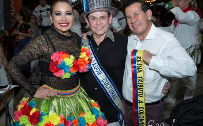Entrega de la banda y corona a Rosmy Camargo,como Reina del Tributo a Colombia 2.019