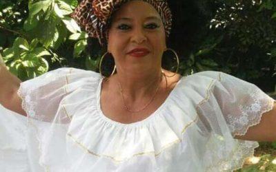 Canta-Autora Gladys Rojas Molina, de Barrancabermeja Santander
