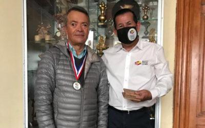 Entrega de reconocimiento al Inginiero y Historiador Félix Alvarado