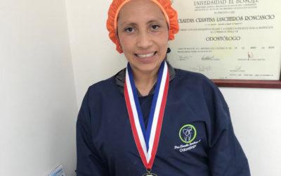 Entrega de reconocimiento talento 2021 a la Dra: Claudia Lancheros Roncancio.